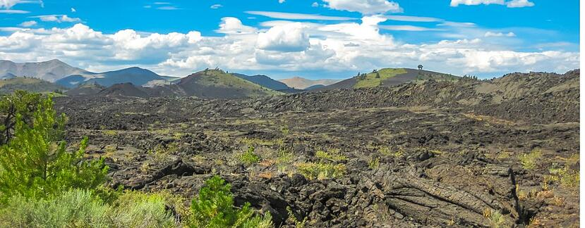 craters-of-the-moon-picture-id497180584.jpg