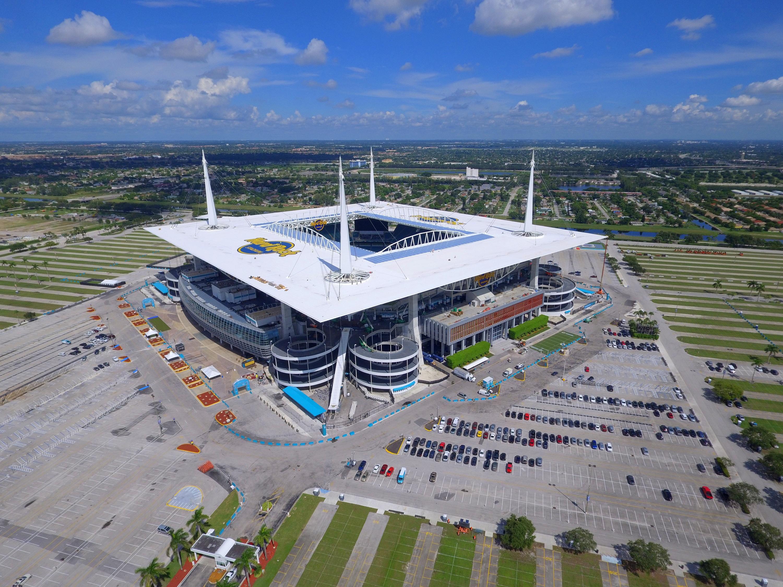 Miami Dolphins Stadium.jpg