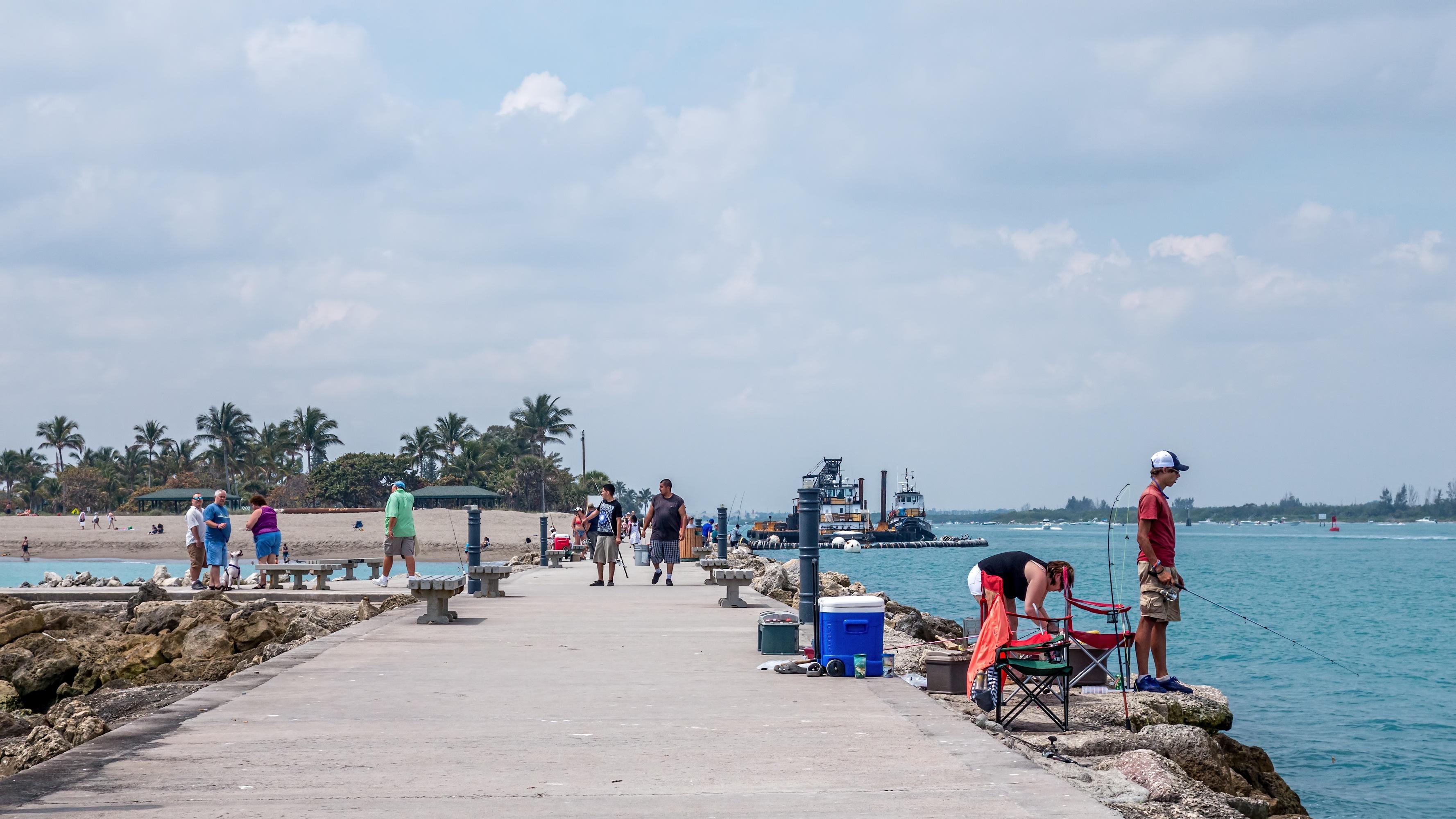bigstock-Fishing-pier-101117339.jpg