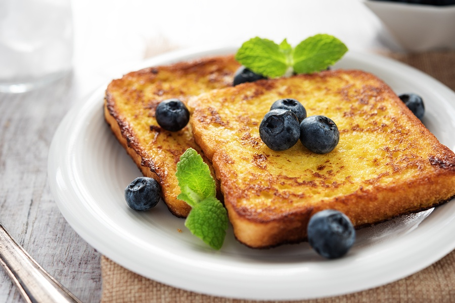 bigstock-French-Toast-With-Blueberries-143161451.jpg