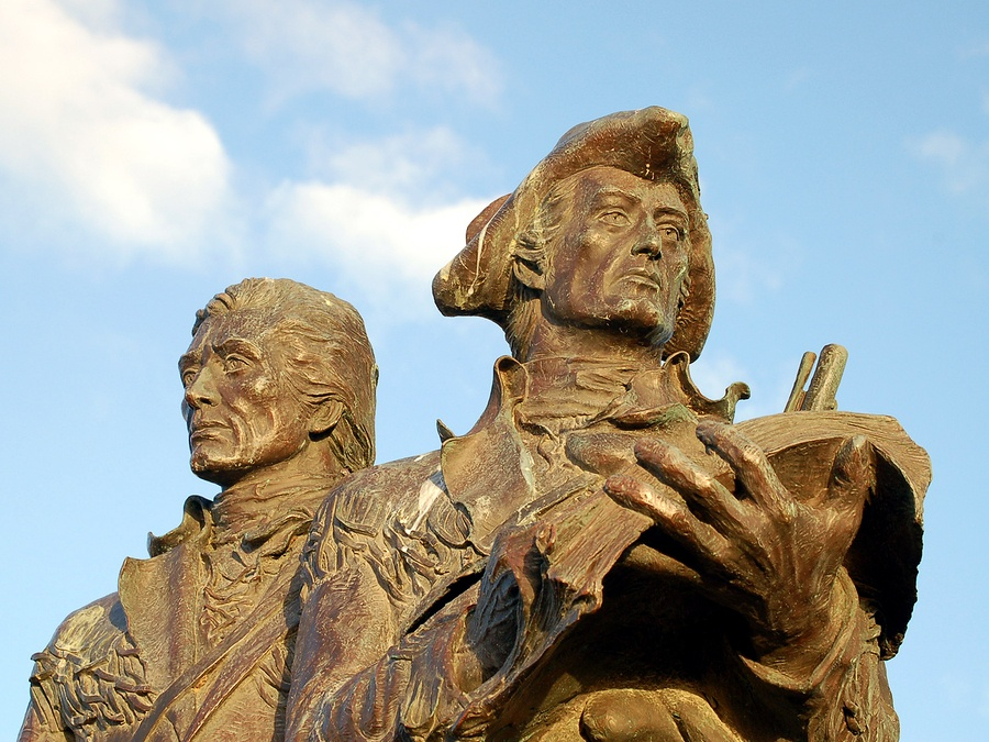 bigstock-Lewis-And-Clark-Monument-2791766.jpg