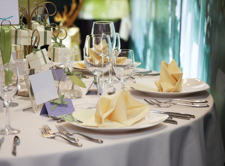 bigstock-elegant-table-setting-for-wedd-29395073.jpg