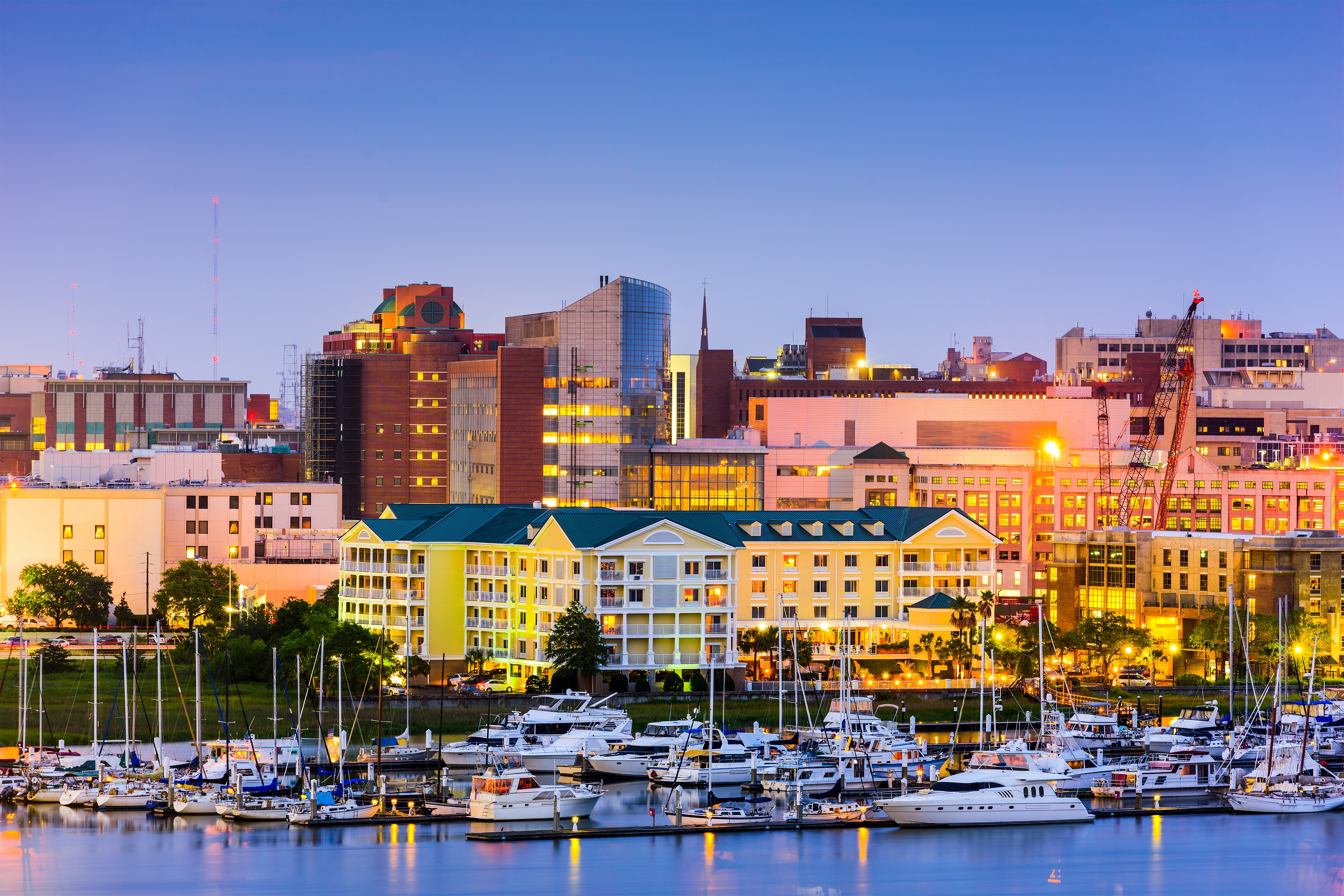 bigstock-Charleston-South-Carolina-US-113685353.jpg
