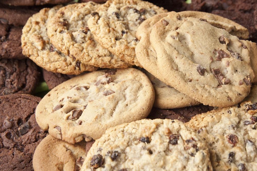 Chocolate chip and oatmeal raisin cookies.jpeg